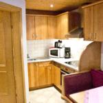 Waldesruh-Halseralm Apartment Küche mit Eßecke