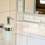 Waldesruh-Halseralm Doppelzimmer mit Bad/WC